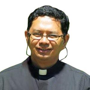Fr. Rey Daguiterra, FdCC